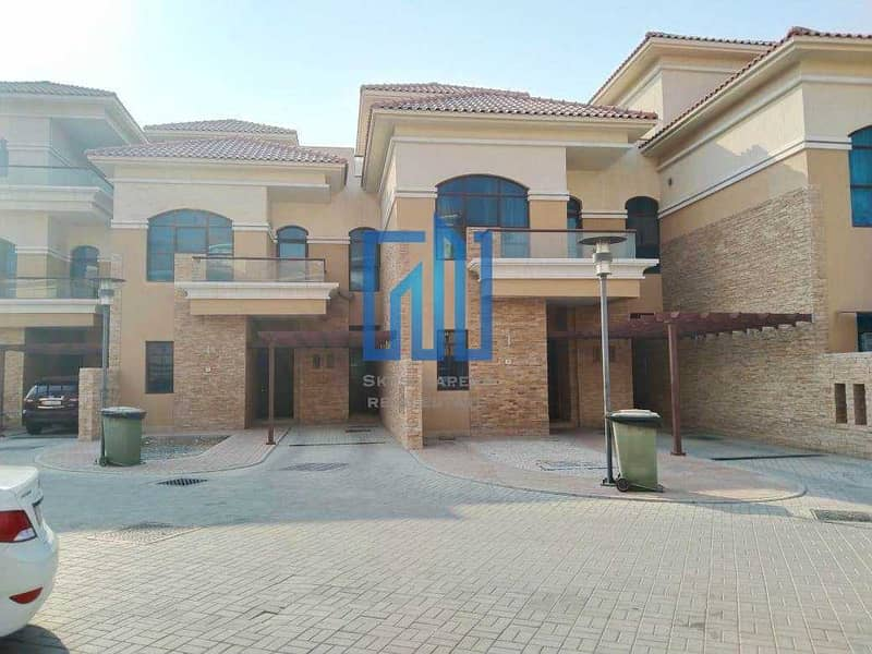 Private Villa 5 Master + Maids  I w/ Facilities  I   Ready To Occupy