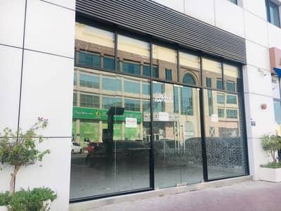 محل تجاري  للايجار في القرهود، دبي - Ready to move shop near International Airport