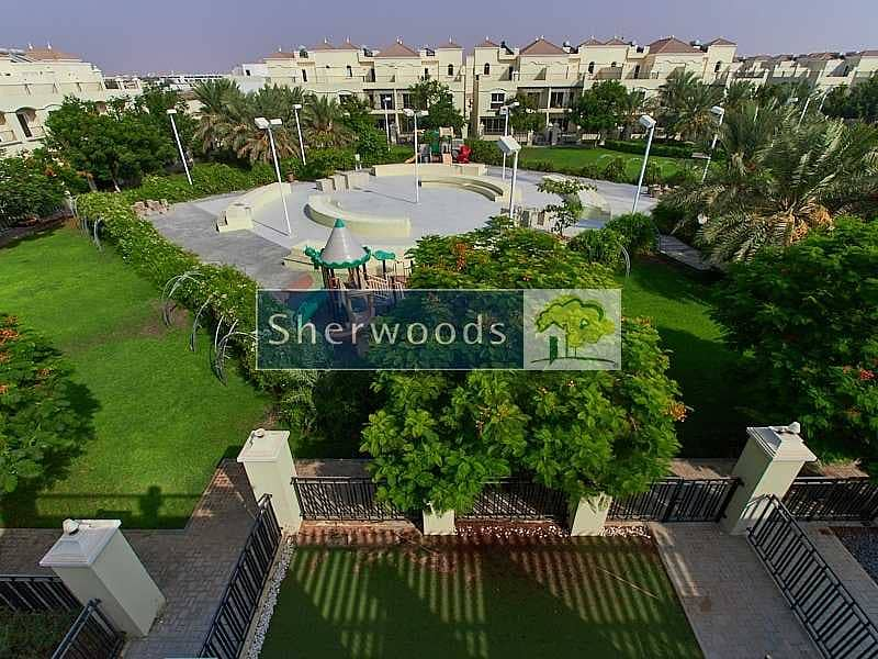 17 3BR + Maid's |Fully Furnished | Swimming Pool View