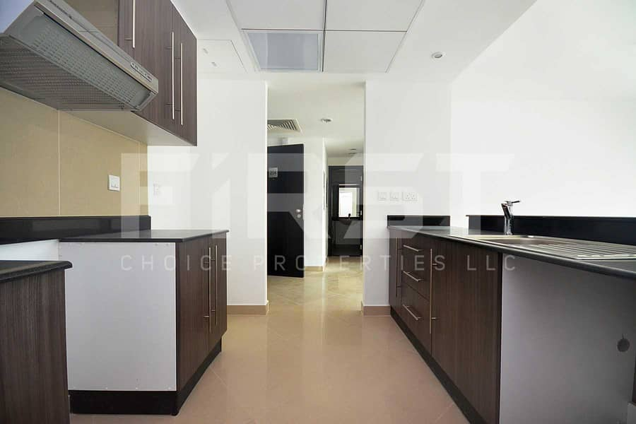 2 Bright and Spacious Apartment | Call us
