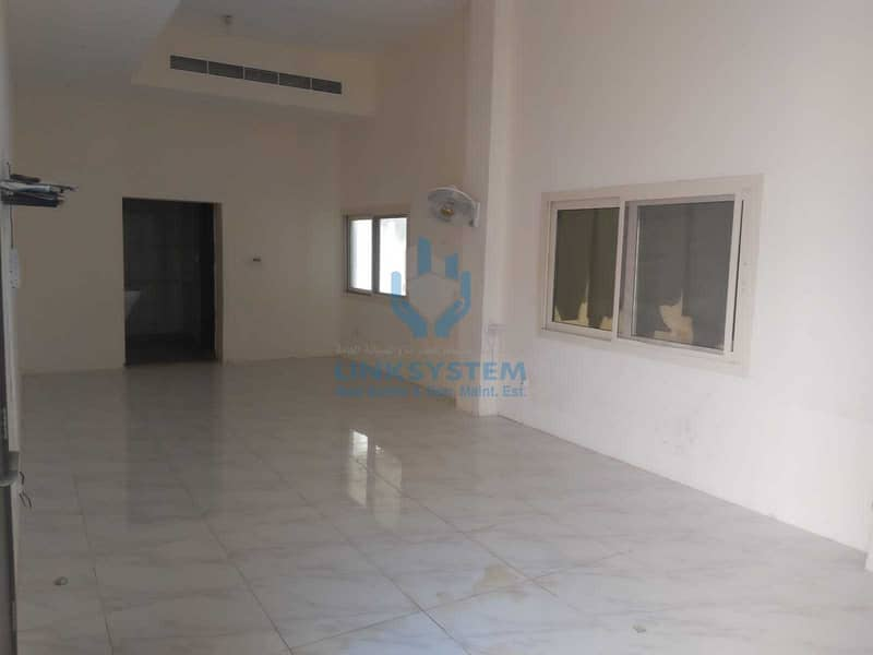 Elegant Villa Duplex 4 Bed Hall in Sharjhah Al Qadsiya
