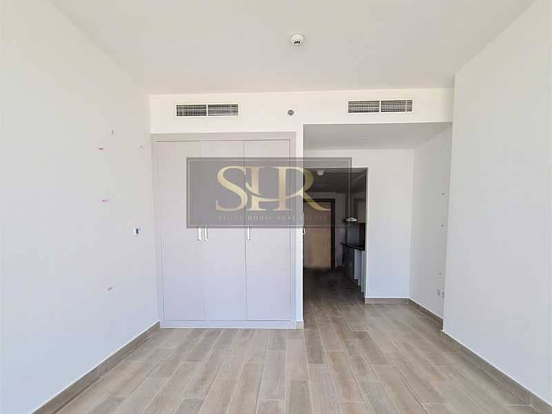 2 High Floor |Brand New Studio with Balcony & Pool View
