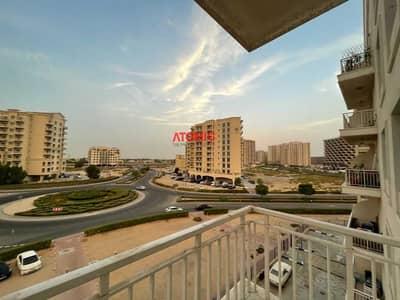 فلیٹ 3 غرف نوم للايجار في ليوان، دبي - Cheapest 3 bed + Study + Maid ll with 2 Balconies