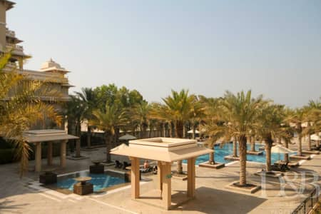 شقة 1 غرفة نوم للايجار في نخلة جميرا، دبي - Sea & Pool View | Furnished | Large Layout