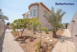 Spacious   Private Garden   Villa With Lift