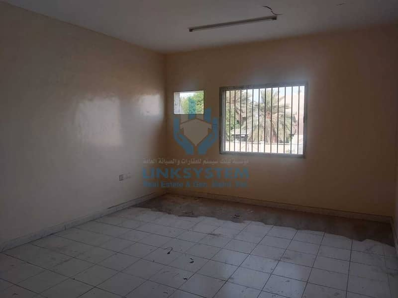 2 Ground floor villa 5 bedroom Hall in Sharjhah