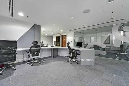 مکتب  للبيع في الخليج التجاري، دبي - High End furniture | Highly Equipped | Office