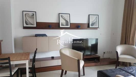 1 Bedroom Flat for Sale in Dubai Marina, Dubai - Amazing 1 BR apartment. Fully furnished. Rented. Pool view. Chiller Free Building