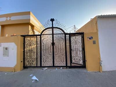 4 Bedroom Villa for Rent in Al Hazannah, Sharjah - Ground floor villa four  rooms in Al Hazannah