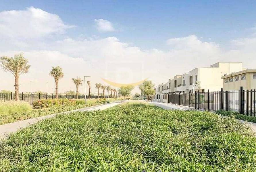 Perfect Location   Single Row   Near Pool and Park   PVIP