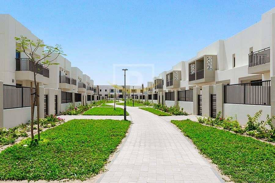 2 Perfect Location   Single Row   Near Pool and Park   PVIP