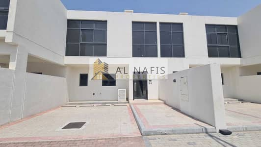 3 Bedroom Townhouse for Rent in DAMAC Hills 2 (Akoya Oxygen), Dubai - Chiller Free   Brand New   Ready To Move In
