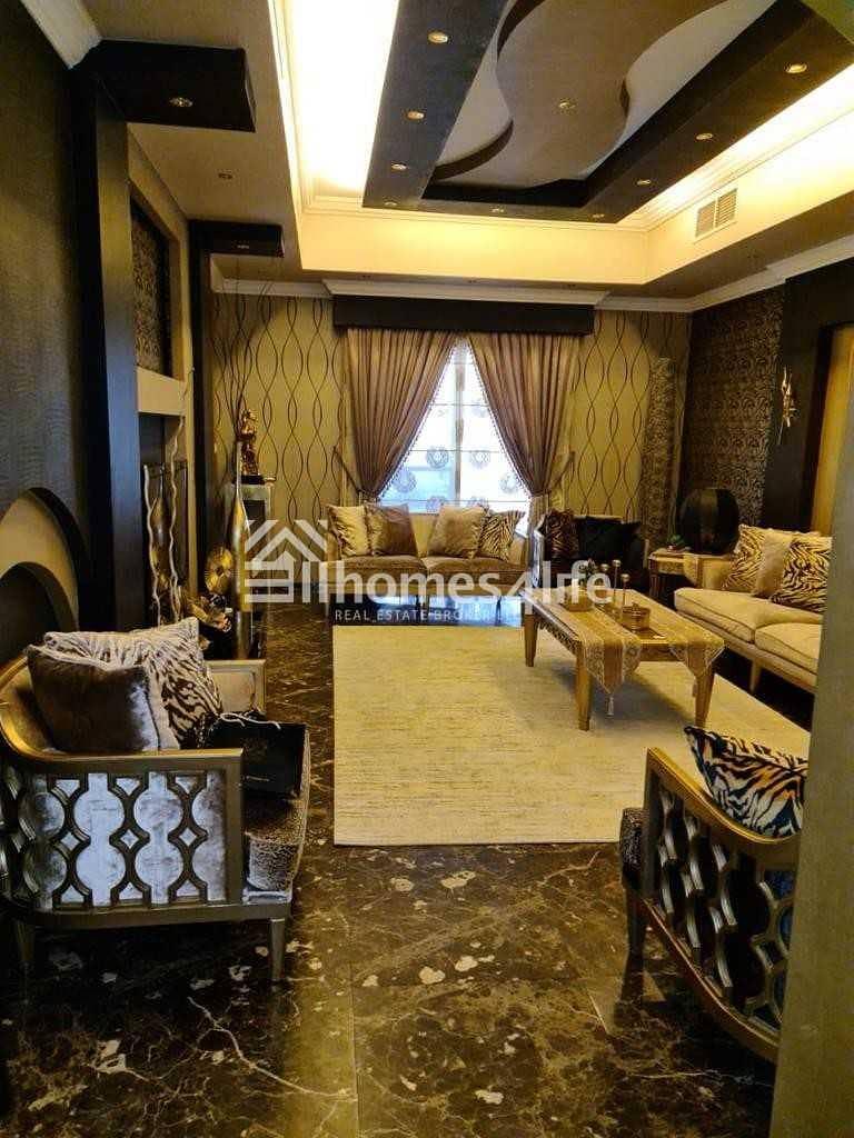 2 Fully Upgraded 3BR Villa + Study + Family Room