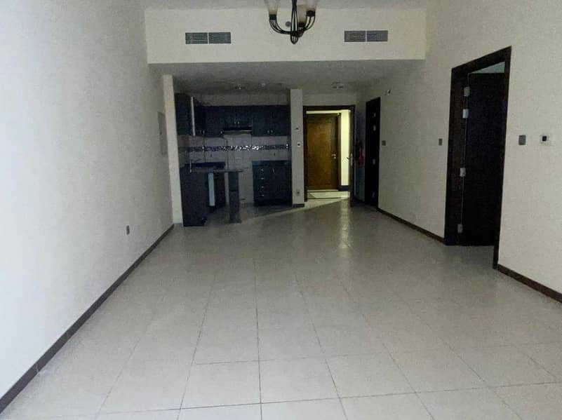 Large 1 bedroom with balcony for Rent