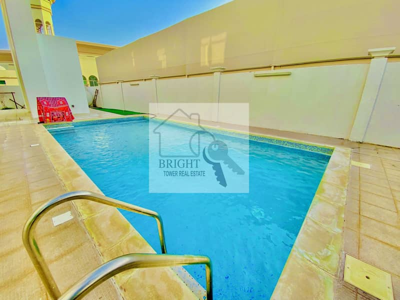 5 Bedroom Villa With Swming Pool In Al Khabisi