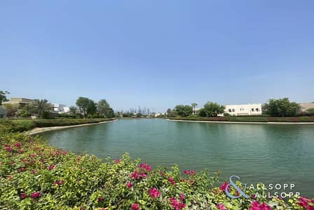 4 Bedroom Villa for Sale in The Meadows, Dubai - Exclusive | Stunning Lake View | Type 12
