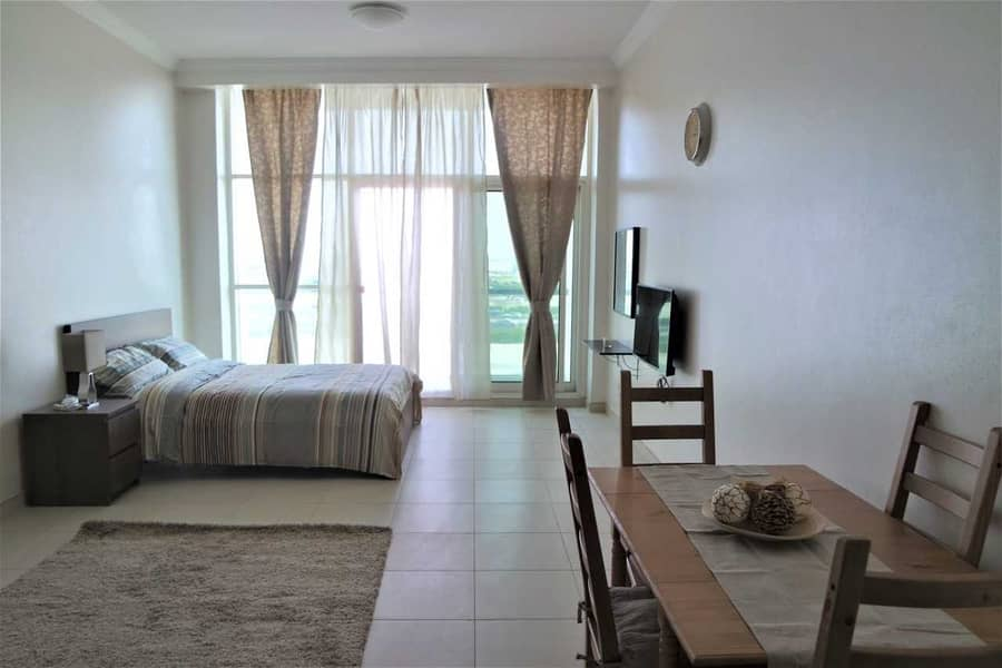 Well-kept   Spacious Furnished Studio with Balcony