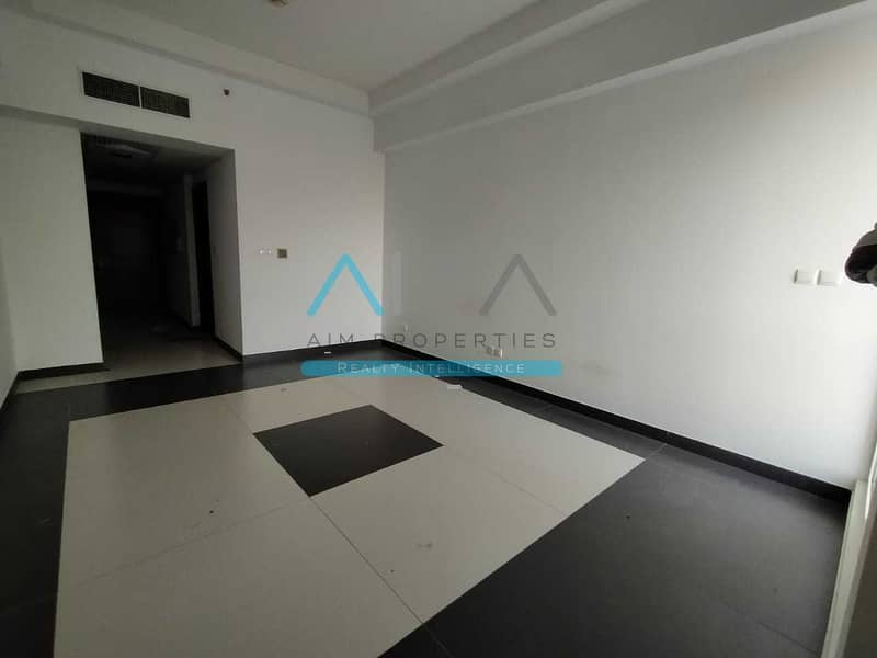 2 HUGE 550SQFT Studio With Balcony Behind Souq Extra Mall In Amazing Price