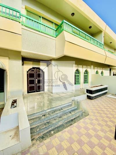 4 Bedroom Villa for Rent in Al Jahili, Al Ain - 4 Bedroom Duplex Villa In Al Jhalii