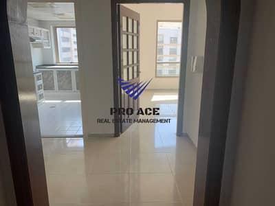 شقة 3 غرف نوم للايجار في منطقة النادي السياحي، أبوظبي - Spacious Bright 3bhk with Maids room 63k 4 Payments