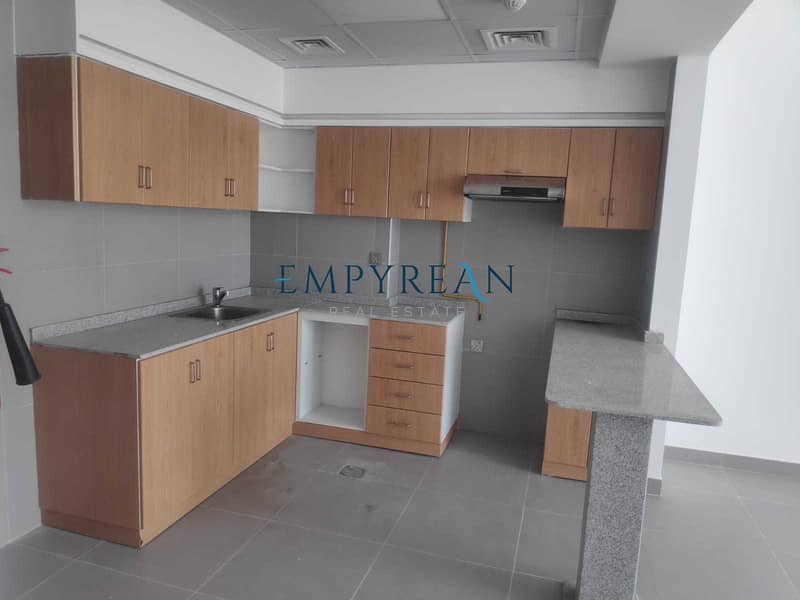 2 BRAND NEW 2 BHK ONE MONTH |