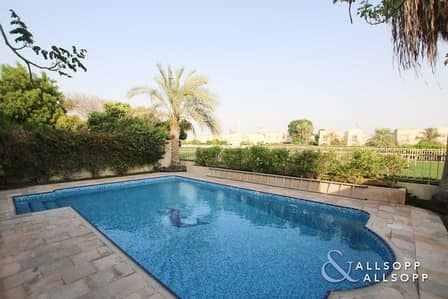 3 Bedroom Villa for Sale in The Springs, Dubai - Lake View | Private Pool | Three Bedrooms