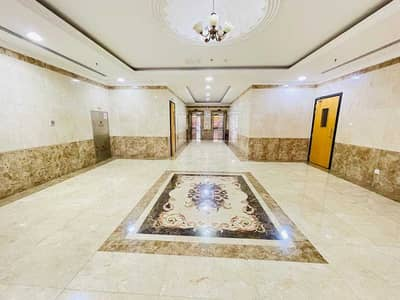 1 Bedroom Flat for Rent in Muwailih Commercial, Sharjah - 60 DAYS FREE NO FIRST CASH 1BHK JUST 23K PARKING FREE FAMILY AREA