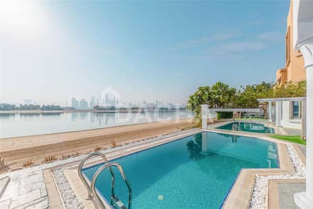 4 Bedroom Villa for Rent in Palm Jumeirah, Dubai - Spectacular view / Vacant / All bills included