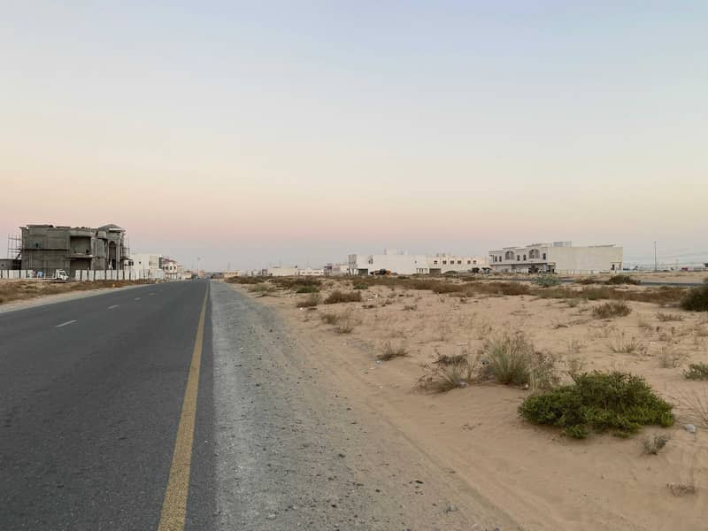 for sale a big residential plot in alhoshi the price is best in the market and location is very good