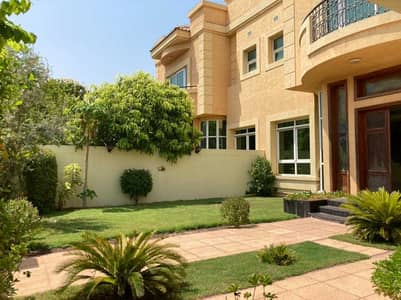 4B/R PVT GARDEN POOL SEMI INDEPENDENT V WAKING DISTANCE TO THE BEACH VILLA FOR RENT 300K