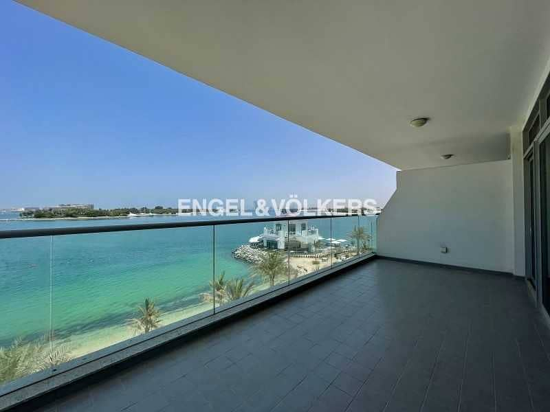 Best Deal Full Sea View Vacant on Transfer