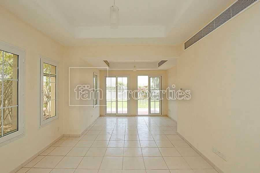 2 Private Pool | Well Maintained | Corner Plot