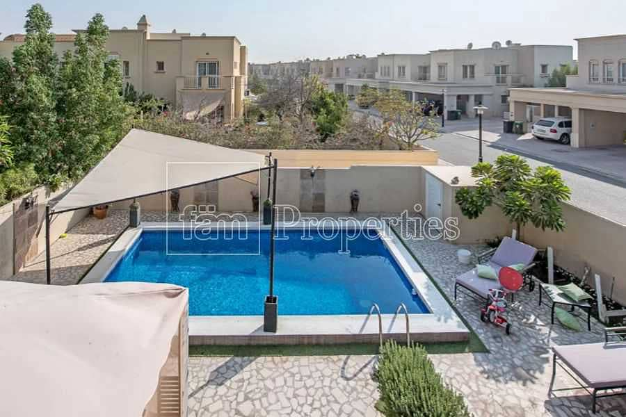 11 Private Pool | Well Maintained | Corner Plot