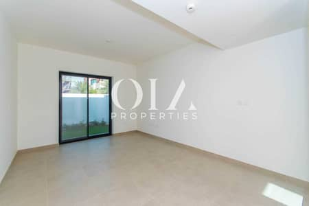 4 Bedroom Villa for Sale in Al Ghadeer, Abu Dhabi - Urgent Sale  Single Row   Corner  Premium Location