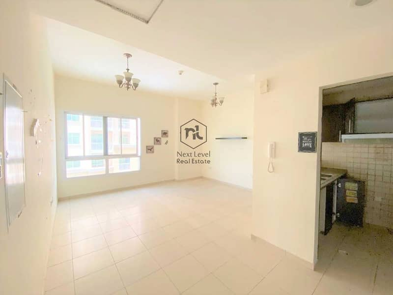 OPEN VIEW | 2 BED ROOM | 3 WASH ROOM |  LAUNDRY + PARKING | LONG BALCONY | QUEUE POINT