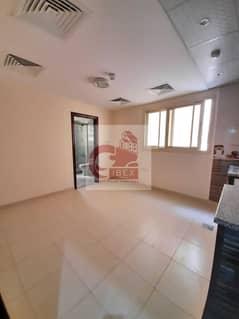 شقة في مبنى مويلح مويلح 13000 درهم - 5391465