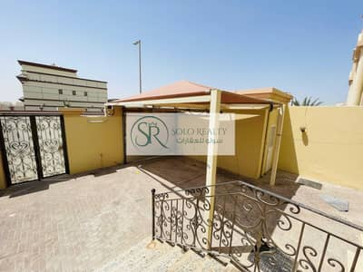 5 Bedroom Villa for Rent in Khalifa City A, Abu Dhabi - Luxurious Private Entrance Villa    Amazing 5 BR   Driver Room   Unique Offer !!!!