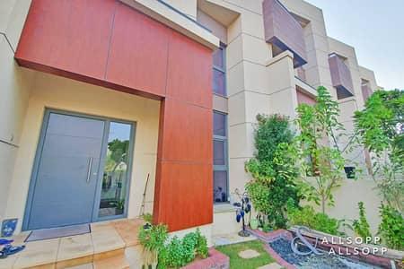 فیلا 2 غرفة نوم للبيع في قرية جميرا الدائرية، دبي - 2 Bed + Maids | Vacant On Transfer |  G +1