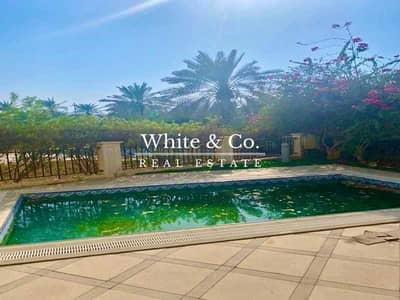 4 Bedroom Villa for Rent in Jumeirah Islands, Dubai - Luxury Living | Spacious | Excellent Location