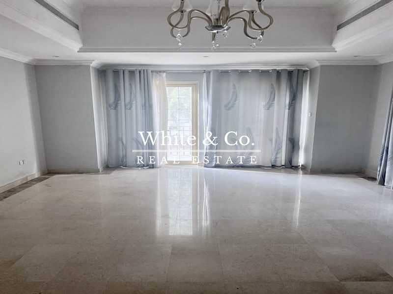 2 Luxury Living | Spacious | Excellent Location