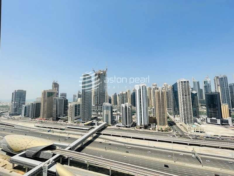 16 Marina View |2 BR w/ Balcony | High Floor for Rent