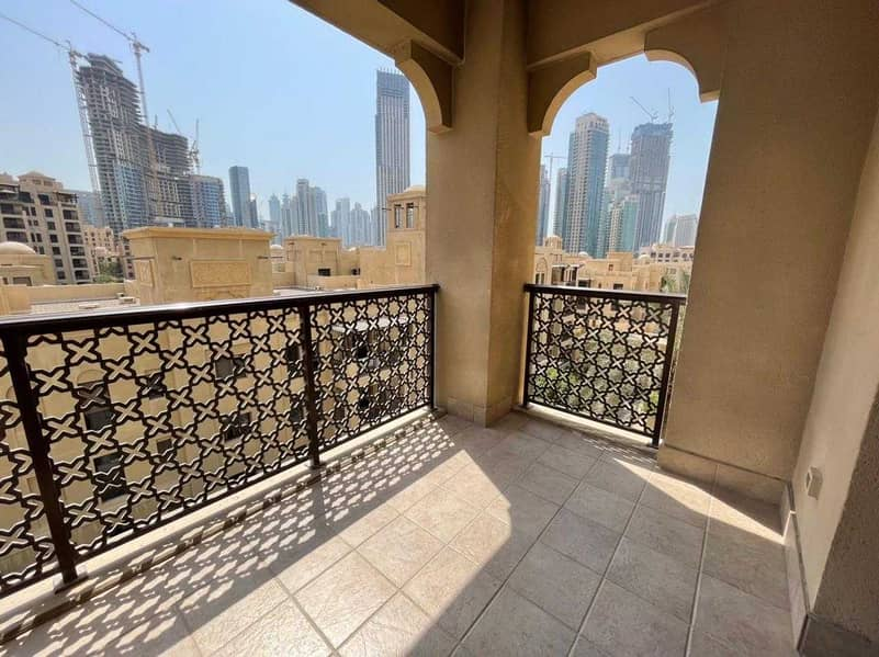Spacious Unfurnished 2 Bed   Well-kept   Low Floor