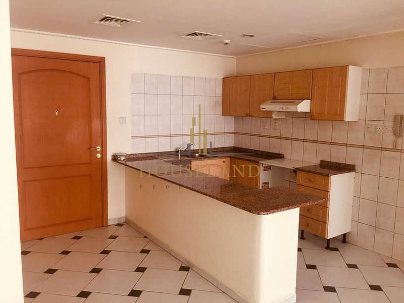 Chiller A. C Free 1BR Without Balcony Only 40K  (Negotiable) in 6 Cheques