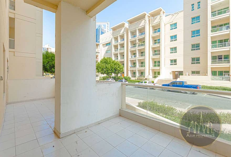 11 Spacious 1br Ground Floor with Large Terrace
