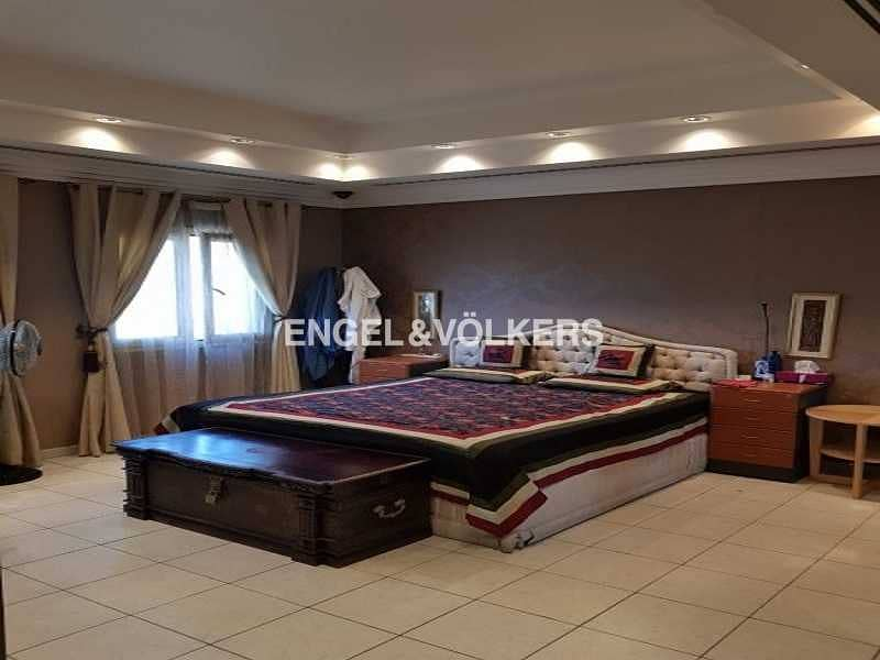 14 Upgraded 4 Bedroom - Hattan Executive 2 Type Available for Sale