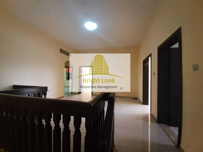 2 000/Year| 3 Payments Located Muroor Road