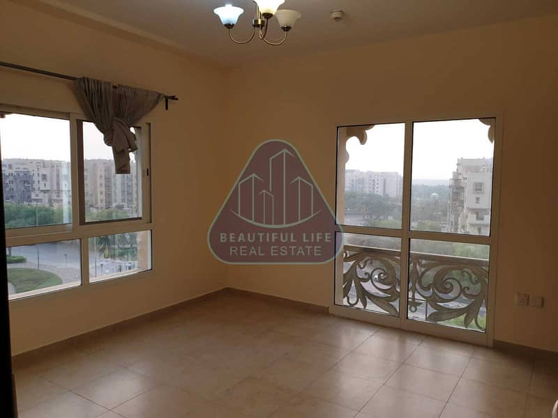6 1 bedroom for sale  | Remraam | Closed kitchen| Balcony