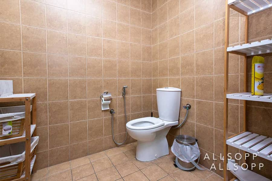 12 Furnished Unit    Vacant   Lake & Almas View