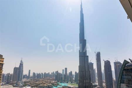 شقة 3 غرف نوم للبيع في وسط مدينة دبي، دبي - Incredible Burj Khalifa Views / Luxurious 3 Bed Corner Unit!