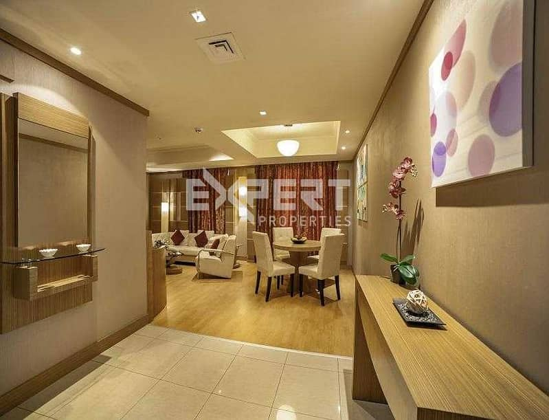 Fully Furnished I Next to Metro I Monthly Option Available